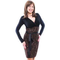Rucy Fashion fekete és állatmintás átlapolt szűk fazonú, hosszú ujjú ruha kötővel