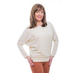 Rucy Fashion drapp csónak nyakú, denevér fazonú hosszú ujjú passzés női felső logóval