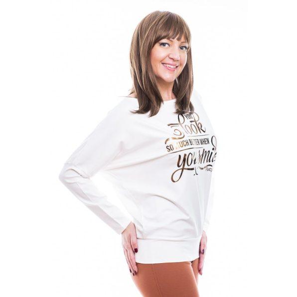Rucy Fashion ekrü csónak nyakú, denevér fazonú, hosszú ujjú passzés női felső