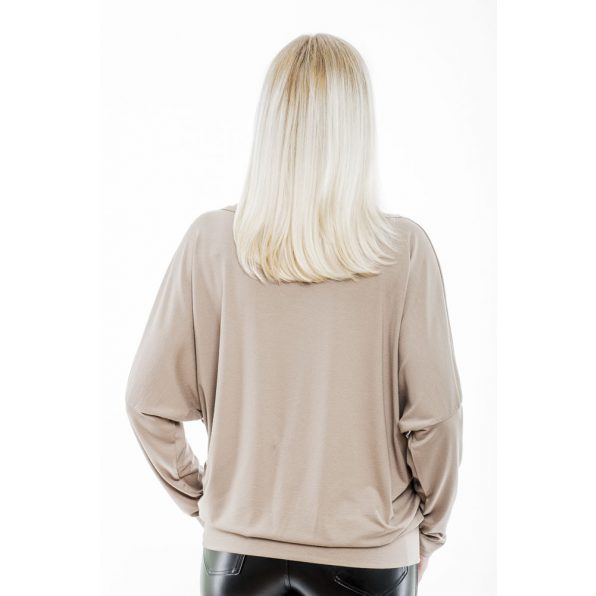 Rucy Fashion hosszú ujjú cappucino színű denevér fazonú passzés női felső You look felirattal